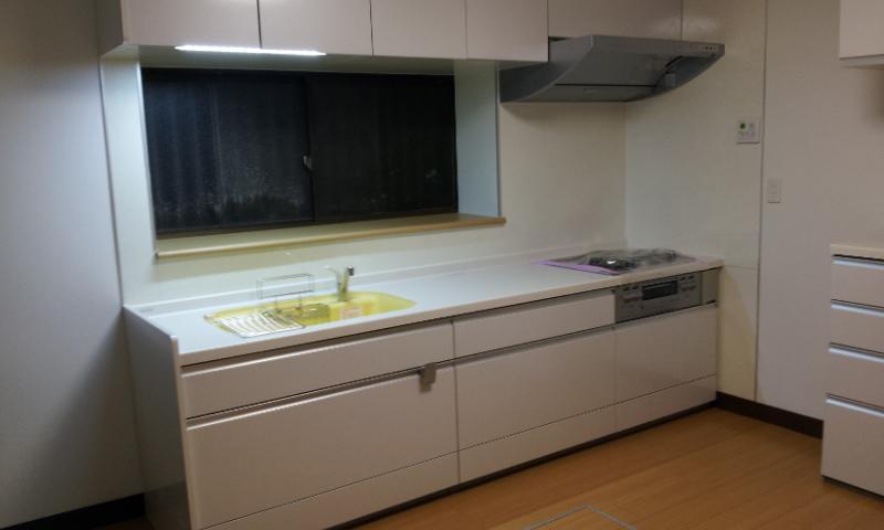 調理器具もスッキリ収納 キッチンリフォーム